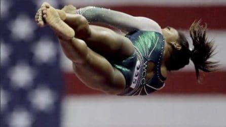 Trionfa ai campionati con un esercizio incredibile: doppio salto mortale con triplo avvitamento