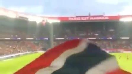 Neymar insultato dai tifosi del PSG: cori contro il brasiliano allo stadio