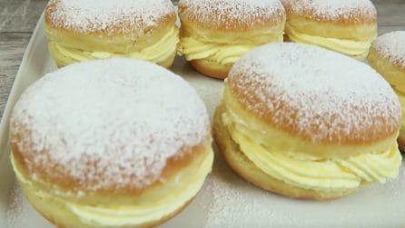 Bomboloni alla crema: la ricetta per un dessert soffice e goloso