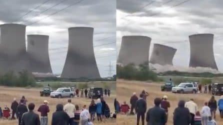 Prima un boato e poi il crollo: la centrale elettrica completamente distrutta