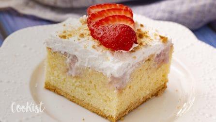 Strawberry poke cake: the most delicious dessert ever!