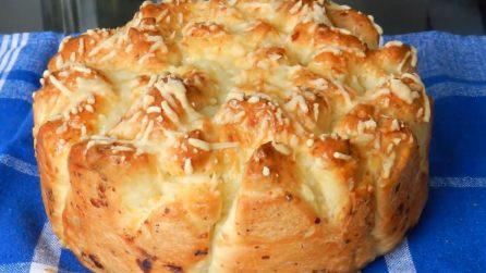 Brioche al formaggio: alta, morbida e gustosa