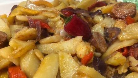 Patate e peperoni: come prepararle in padella in modo alternativo