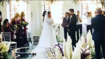 Georgette e Davide convolano a nozze: il momento del bacio