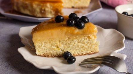 Torta soffice con crema pasticcera e caramello: la ricetta per rendere grandiosa la vostra merenda!