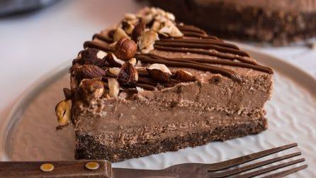 Cheesecake alla nocciole: con una croccante base di wafer che vi farà leccare i baffi!
