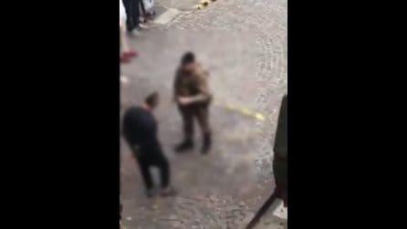 Napoli, pattuglia dell'Esercito di Strade Sicure insultata e minacciata da un giovane al Vasto