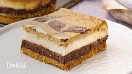 Triple layer cheesecake: the creamiest dessert you'll ever make!