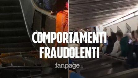 Roma, tifosi feriti sulle scale mobili della metro: misure cautelari per 4 dipendenti Atac