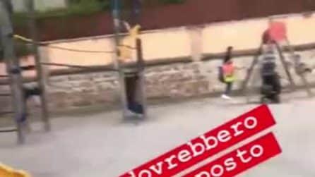 Giochi rotti e buche pericolose al parco dei Parioli, la denuncia di Nicoletta Romanov