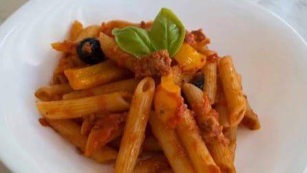 Penne con tonno e peperoni: la ricetta del primo piatto saporito