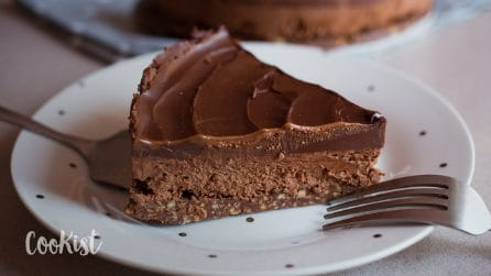 Chocolate mousse cheesecake: a very delicacy ready in no-time!
