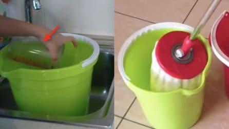 Come pulire il pavimento: l'ingrediente per averlo brillante e profumato