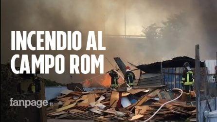 Fiamme al campo rom di Scampia: nel 2017 fu devastato da un incendio doloso