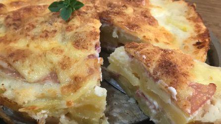 Torta di patate con bacon: un piatto rustico da leccarsi i baffi