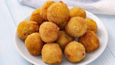 Crispy bell peppers balls: easy to make and super delicious!