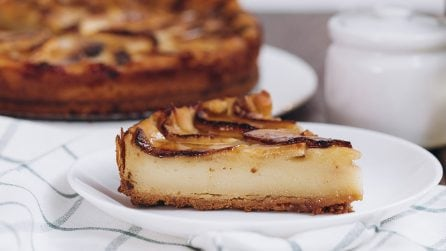 Torta cremosa alle mele: la ricetta da leccarsi i baffi!