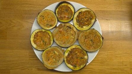 Medaglioni di melanzane con l'uovo: pronti in padella in pochi minuti!