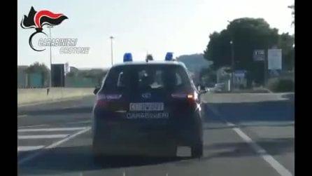 Alunni vittime di maltrattamenti, sospese tre maestre a Crotone