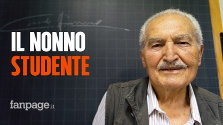 """Nonno Carmelo si iscrive al liceo a 84 anni: """"Studiare è importante, mi può tornare utile"""""""