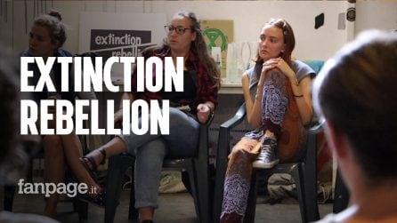 """Extinction Rebellion, ribelli contro i cambiamenti climatici: """"Non c'è più tempo bisogna agire ora"""""""