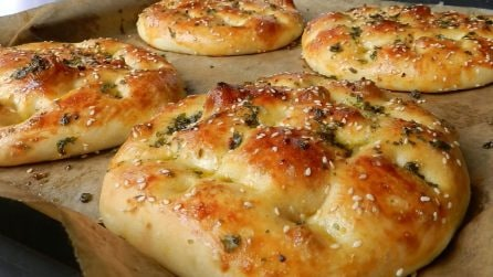 Pane al sesamo e miele: un mix di sapori che lo rende unico