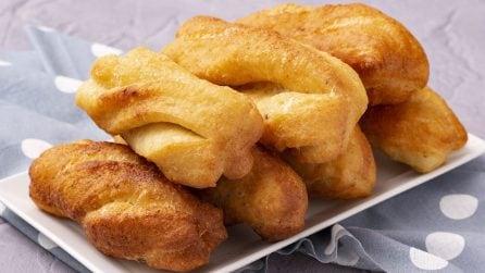 Youtiao: il pane fritto cinese che non vedrete l'ora di provare!