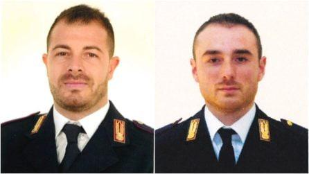 La vita spezzata di due giovani poliziotti: tutta l'Italia piange gli agenti uccisi a Trieste