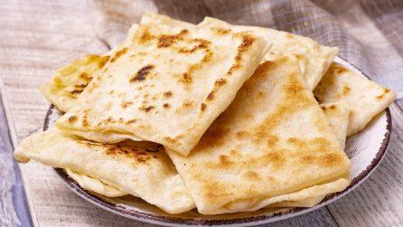 Pane arabo sfogliato: facile da prepare, potrete farcirlo come preferite!