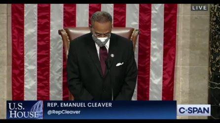 """""""Amen and Awoman"""", la gaffe del deputato USA alla fine del discorso"""