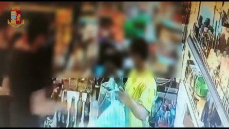 Doppia rapina al minimarket: le riprese incastrano cinque giovani