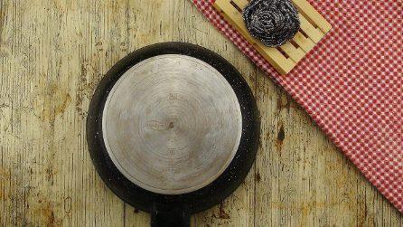 Ecco come pulire il fondo di una pentola bruciata con un metodo naturale ed economico!