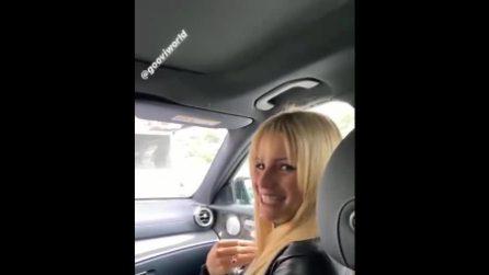 """Michelle Hunziker alla dogana svizzera senza documenti: """"Non me ne frega niente, mi conoscono"""""""