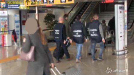 Aeroporto di Fiumicino, dall'Italia a Hong Kong con 3 milioni di euro nascosti in valigia