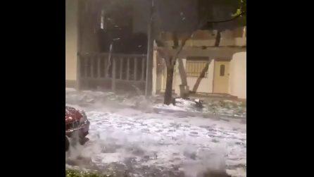 Grandinata devastante in Argentina: danni a case e auto