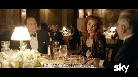 """1994 la serie, Berlusconi porta Veronica Castello a Napoli: """"Grandi progetti, ma non il matrimonio"""""""