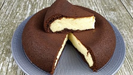 """Dessert alla ricotta """"capovolto"""": la ricetta semplice e golosissima"""