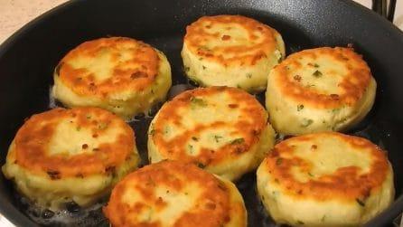 Medaglioni al formaggio cotti in padella: buoni, semplici e veloci