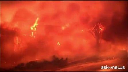 Incendi in California: due milioni al buio e 180mila evacuati