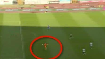 Esultano credendo di aver segnato un gol, ma non è così e subiscono dopo pochi secondi la rete
