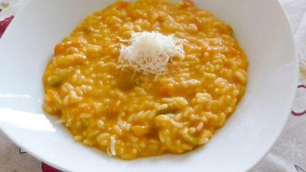 Risotto cremoso con zucca e stracchino: la ricetta del primo piatto saporito