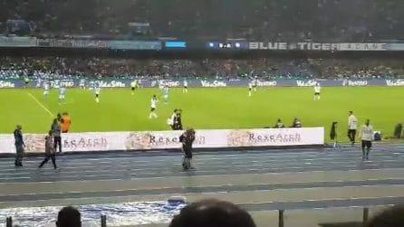 Napoli-Atalanta, Allan esce dal campo infortunato: standing ovation del San Paolo