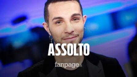 """Marco Carta assolto per il furto alla Rinascente. Il cantante scoppia in lacrime: """"Oddio, grazie!"""""""