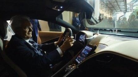 """Il presidente Mattarella a bordo della nuova Ferrari """"Roma"""""""