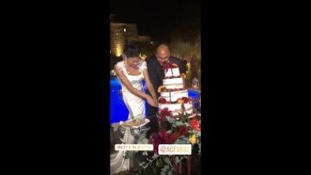 "Matrimonio Demetra Hampton, gli sposi fanno ""crollare"" la torta nuziale"