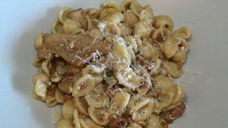 Orecchiette con funghi, pancetta e ricotta: le ricetta per deliziare i tuoi ospiti
