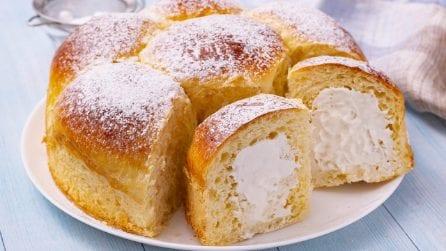 Danubio dolce ripieno di crema a latte: una delizia che non potete non provare!