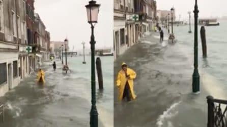 Maltempo, allagamenti a Venezia: allarme acqua alta