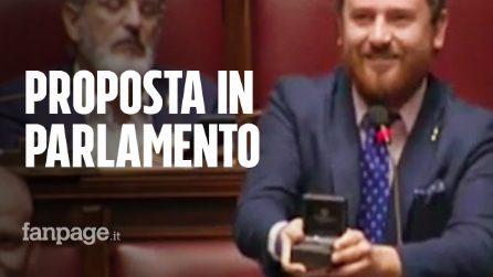 """Proposta di matrimonio in parlamento, il deputato leghista Di Muro: """"Elisa mi vuoi sposare?"""""""