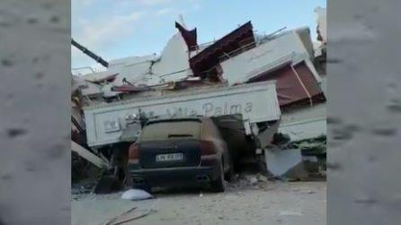 Terremoto Albania, un hotel completamente raso al suolo